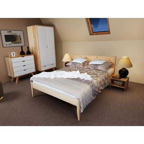 Drevená posteľ Ognik